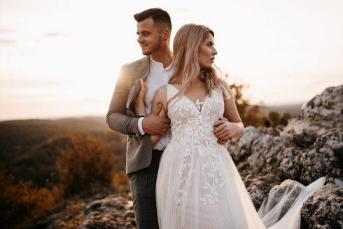 Sesja ślubna z zachodem słońca – Góra Zborów