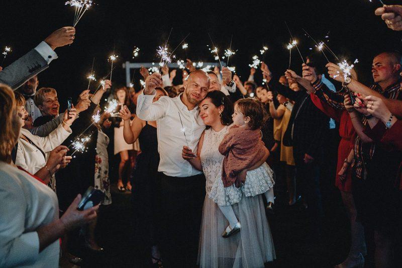 zimne ognie na wesele zdjęcia