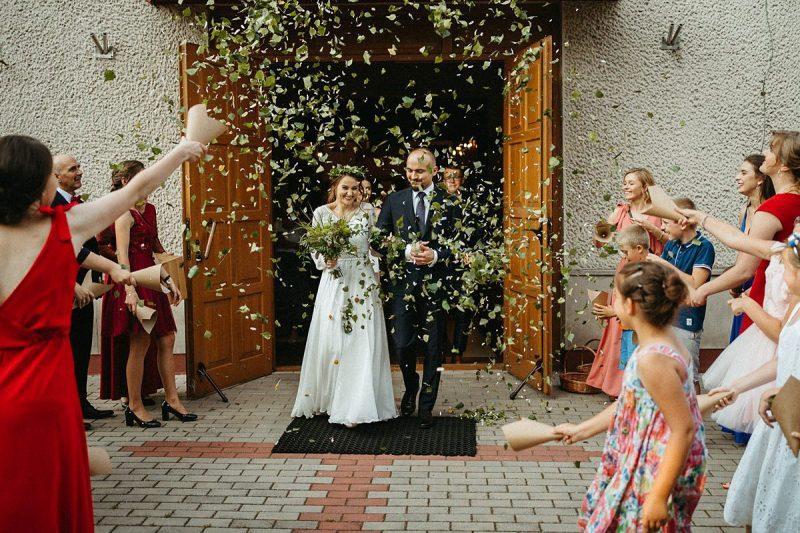 liście brzozy na ślub naturalne confettii